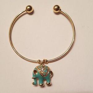 NWOT Turquoise and Gold Elephant Bracelet